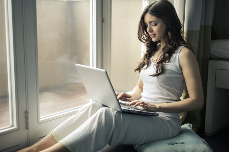 6 Ways to Talk to Strangers Online with Video Chat